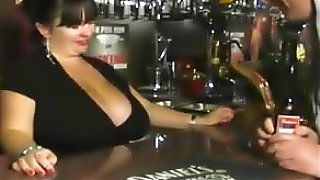 sex video BRITISH MATURE MEGA BOOBED BARMAID