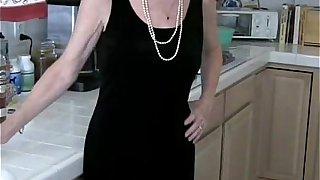 Teasing Slut GILF Amateur Housewife