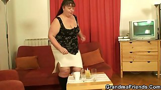Two dudes screw big boobs mature woman